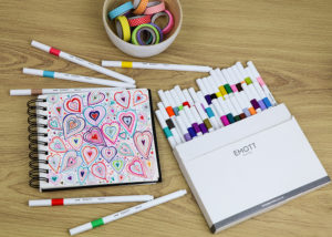 Decorative hearts with EMOTT pens