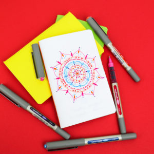 Make a mandala with uni-Eye pens