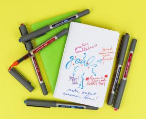 Create cool journaling with uni-Eye