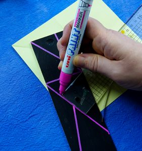 Decorate a wooden pencil box
