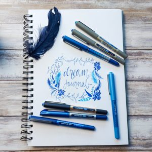 Dream journal uni-Eye blue pens