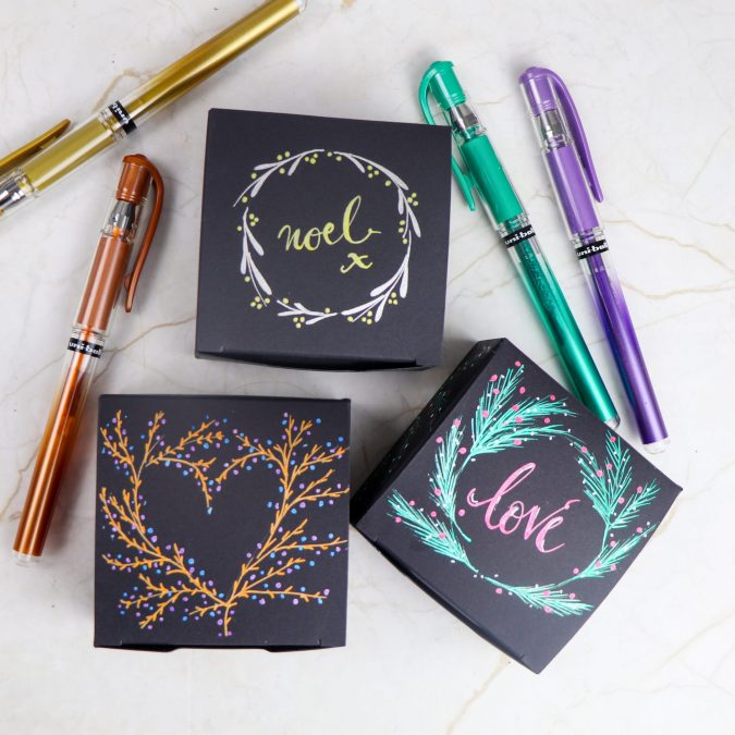 Five Christmas Card designs to try with uni-ball pens