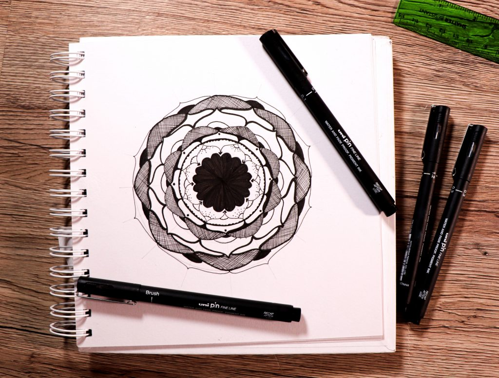 Make a rosette-style mandala with PIN pens