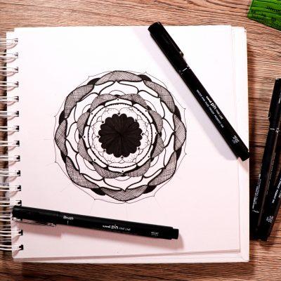 Make a rosette-style mandala with PIN pens