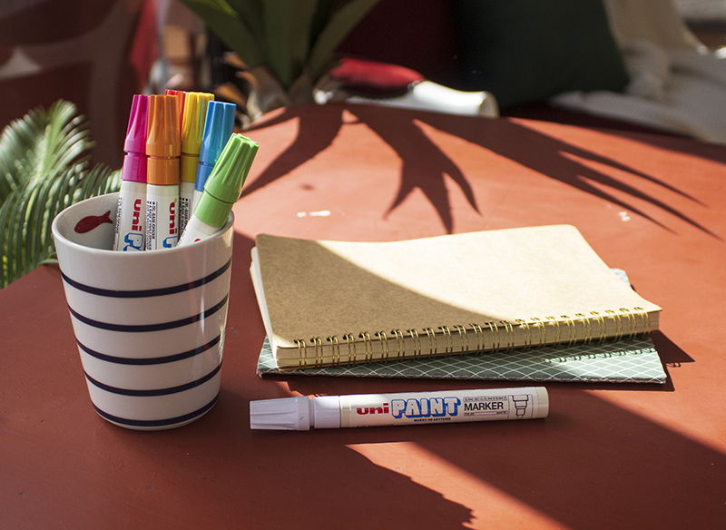Create a funky table top with uni-Paint pens
