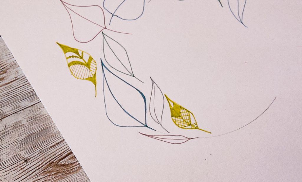 Draw Scandi style leaves with EMOTT fine line pens